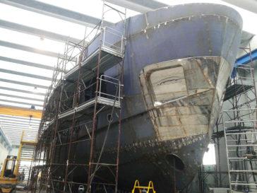 EB100 in costruzione